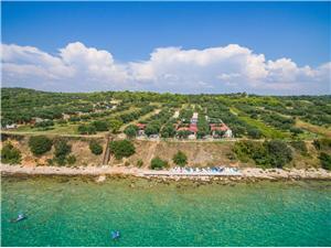 Vakantie huizen 01 Benkovac,Reserveren Vakantie huizen 01 Vanaf 110 €