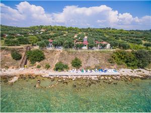 Переносные дома Pecten 03 Pakostane, квадратура 30,00 m2, Воздуха удалённость от моря 50 m, Воздух расстояние до центра города 700 m