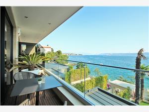 Апартаменты DEL MAR 2 Crikvenica, квадратура 74,00 m2, Воздуха удалённость от моря 15 m, Воздух расстояние до центра города 700 m