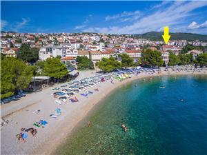 Ferienwohnungen Neno Crikvenica, Größe 26,00 m2, Luftlinie bis zum Meer 100 m, Entfernung vom Ortszentrum (Luftlinie) 800 m