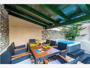 Дом Bepo Sukosan (Zadar), квадратура 120,00 m2, Воздух расстояние до центра города 800 m