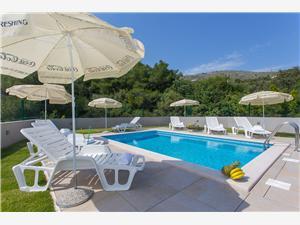 Smještaj s bazenom Split i Trogir rivijera,Rezerviraj Honey Od 3212 kn