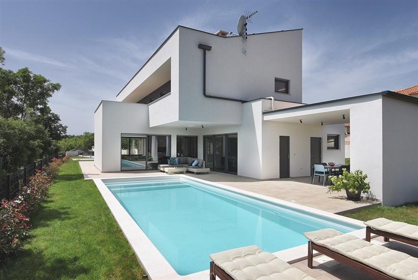 Villa Manu