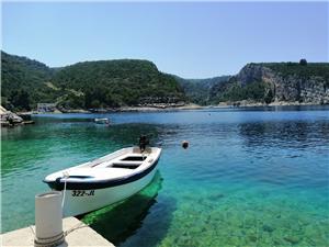 Appartamenti Boni Zastrazisce - isola di Hvar,Prenoti Appartamenti Boni Da 71 €