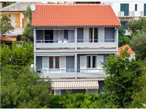 Apartmány Marija , Rozloha 68,00 m2, Vzdušná vzdialenosť od mora 100 m, Vzdušná vzdialenosť od centra miesta 350 m