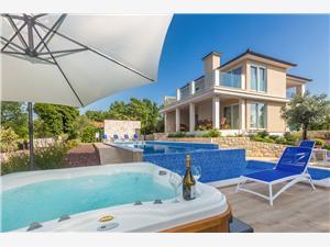Vila Roko Kvarnerské ostrovy, Kamenný dům, Prostor 290,00 m2, Soukromé ubytování s bazénem