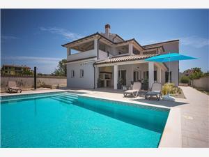 Villa Dream Premantura, Prostor 280,00 m2, Soukromé ubytování s bazénem, Vzdušní vzdálenost od centra místa 200 m