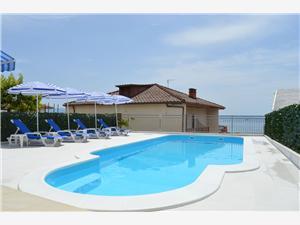 Апартаменты Vinka Podstrana, квадратура 92,00 m2, размещение с бассейном, Воздуха удалённость от моря 150 m