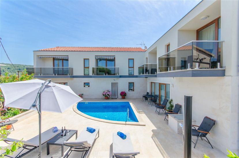 Apartamenty Villa LA