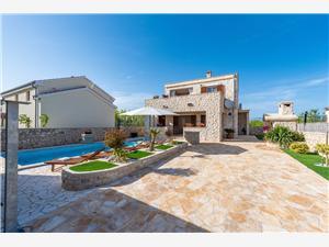 Villa St. Vid 3 Privlaka (Zadar), Casa di pietra, Dimensioni 130,00 m2, Alloggi con piscina
