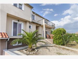 Appartamenti place Pirovac,Prenoti Appartamenti place Da 50 €