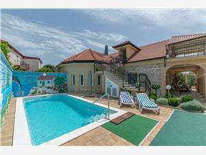 Hus Vila Rosales Ugljan, Storlek 160,00 m2, Privat boende med pool, Luftavstånd till havet 150 m