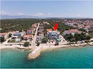 Apartamenty Branimir Mandre - wyspa Pag, Powierzchnia 72,00 m2, Odległość do morze mierzona drogą powietrzną wynosi 20 m, Odległość od centrum miasta, przez powietrze jest mierzona 500 m