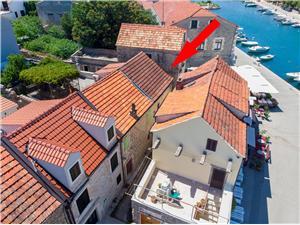 Stenen huize Sara Gdinj - eiland Hvar,Reserveren Stenen huize Sara Vanaf 71 €