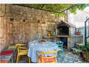 Maison de pierres Sara Zavala - île de Hvar,Réservez Maison de pierres Sara De 71 €