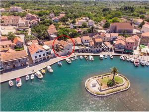 Apartament Dorian Vrboska - wyspa Hvar, Kamienny domek, Powierzchnia 65,00 m2, Odległość od centrum miasta, przez powietrze jest mierzona 5 m