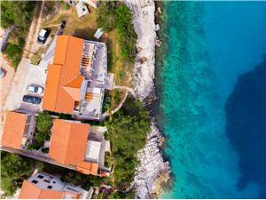Ubytovanie pri mori Strednodalmatínske ostrovy,Rezervujte Jakov Od 164 €