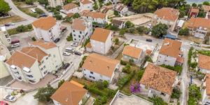 Huis - Okrug Gornji (Ciovo)