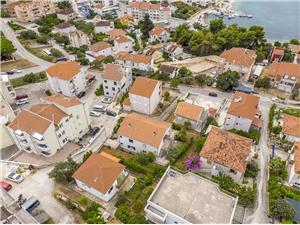 Vakantie huizen Greta Okrug Gornji (Ciovo),Reserveren Vakantie huizen Greta Vanaf 125 €