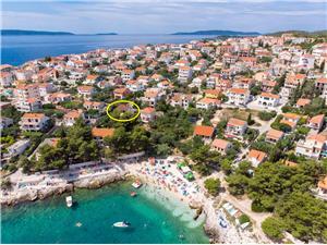 Huis Blanka Okrug Gornji (Ciovo), Kwadratuur 100,00 m2, Lucht afstand tot de zee 50 m, Lucht afstand naar het centrum 800 m
