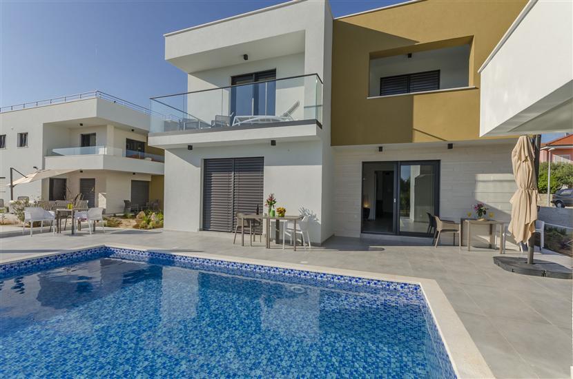 Apartamenty Villa Adriana II