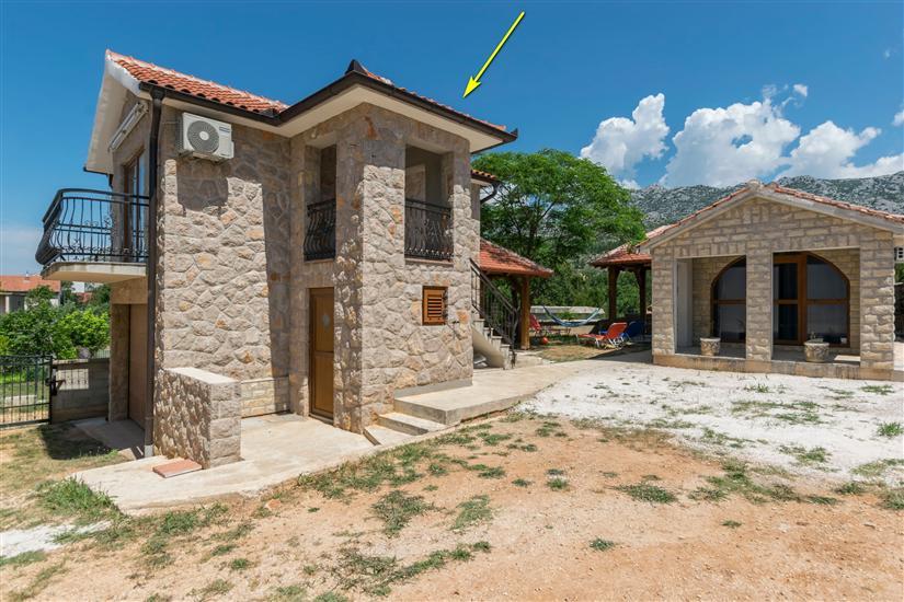 Дом Paklenica Stone I