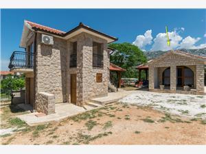 Kuća za odmor Paklenica Stone ll Seline, Kvadratura 20,00 m2, Zračna udaljenost od mora 100 m, Zračna udaljenost od centra mjesta 300 m