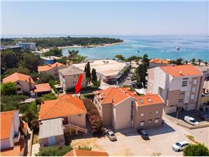 Ferienwohnung und Zimmer Amenka Novalja - Insel Pag, Größe 18,00 m2, Luftlinie bis zum Meer 200 m, Entfernung vom Ortszentrum (Luftlinie) 70 m