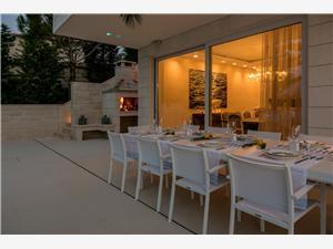 Villa MILA Sumartin - isola di Brac, Dimensioni 497,00 m2, Alloggi con piscina, Distanza aerea dal mare 100 m