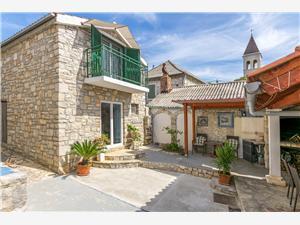 Ház Ante Közép-Dalmácia szigetei, Autentikus kőház, Méret 126,00 m2, Központtól való távolság 30 m