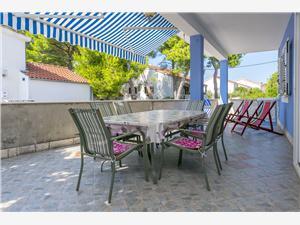 Apartmaji Nikola Rogac - otok Solta,Rezerviraj Apartmaji Nikola Od 117 €