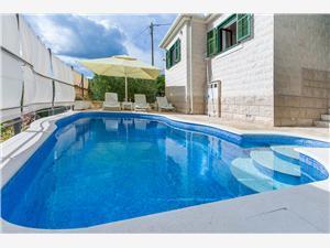 Villa Split en Trogir Riviera,Reserveren Zvečanje Vanaf 114 €