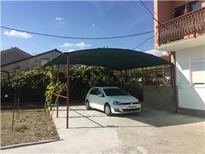Apartament Marjan Kastel Stari, Powierzchnia 100,00 m2, Odległość od centrum miasta, przez powietrze jest mierzona 300 m