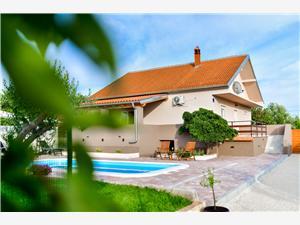 Alloggi con piscina Riviera di Zara,Prenoti Gabriela Da 234 €