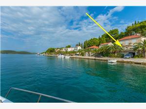Kwatery nad morzem Proti Milna - wyspa Brac,Rezerwuj Kwatery nad morzem Proti Od 415 zl