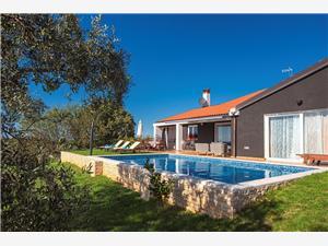 Villa Rubini Rovinj, квадратура 230,00 m2, размещение с бассейном