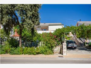 Апартаменты Elvira Кварнерский остров, квадратура 55,00 m2, Воздух расстояние до центра города 300 m