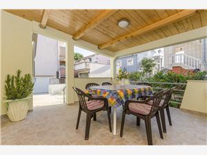 Vakantie huizen Sibenik Riviera,Reserveren Rajka Vanaf 85 €