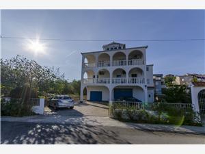 Apartmaji Tomislav Slatine (Ciovo), Kvadratura 30,00 m2, Oddaljenost od morja 50 m