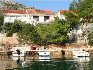 Ubytovanie pri mori beachfront Starigrad Paklenica,Rezervujte Ubytovanie pri mori beachfront Od 153 €