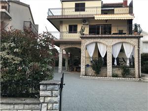 Apartmanok apartments Zaton (Sibenik),Foglaljon Apartmanok apartments From 43577 Ft