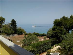 Апартамент Branko Sutomiscica - ostrov Ugljan, квадратура 25,00 m2, Воздуха удалённость от моря 30 m, Воздух расстояние до центра города 400 m
