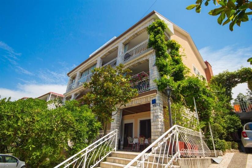 Appartamenti e Camera Mauro