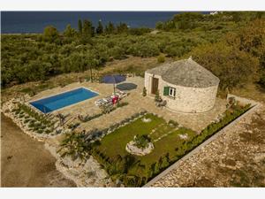 Accommodatie met zwembad Home Splitska - eiland Brac,Reserveren Accommodatie met zwembad Home Vanaf 200 €