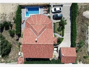 Апартамент Marica-on quiet location with pool Biograd, квадратура 95,00 m2, размещение с бассейном, Воздух расстояние до центра города 150 m