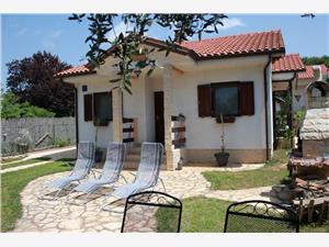 Haus Nikolas Peroj, Größe 65,00 m2, Luftlinie bis zum Meer 250 m, Entfernung vom Ortszentrum (Luftlinie) 400 m