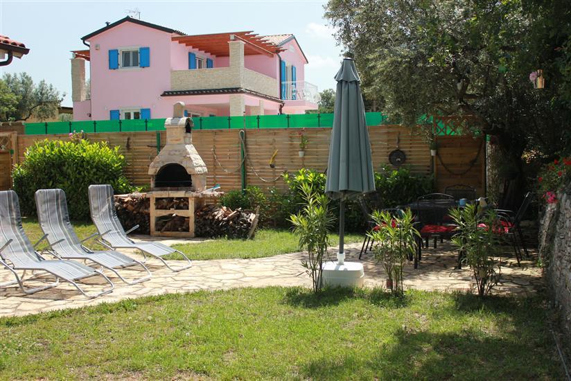 Casa Nikolas