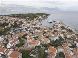 Chambre Kuća Marija i Velimir Sucuraj - île de Hvar, Superficie 12,00 m2, Distance (vol d'oiseau) jusque la mer 20 m, Distance (vol d'oiseau) jusqu'au centre ville 200 m