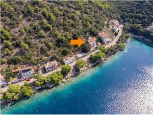 Apartment Graciela Ubli, Size 55.00 m2, Airline distance to the sea 10 m