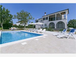 Hébergement avec piscine Meri Barban,Réservez Hébergement avec piscine Meri De 127 €